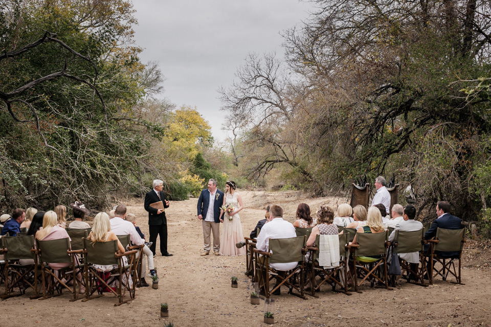 wedding vows africa, wedding dry riverbed, riverbed wedding, bushveld wedding ceremony, game lodge wedding ceremony, Ulusaba wedding ceremony