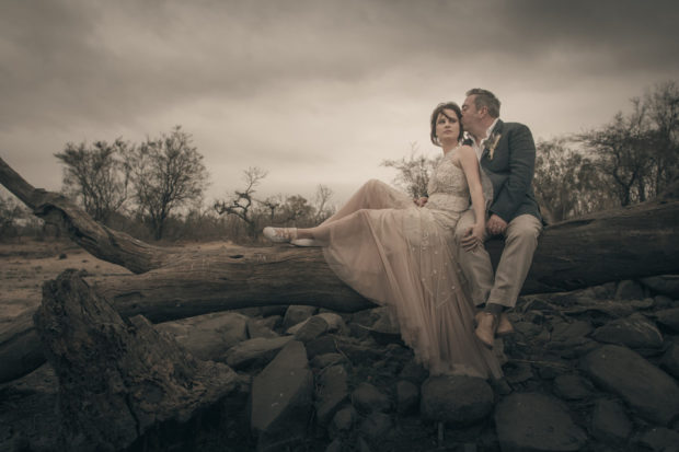 african bridal couple, wedding in Africa, wedding at game reserve