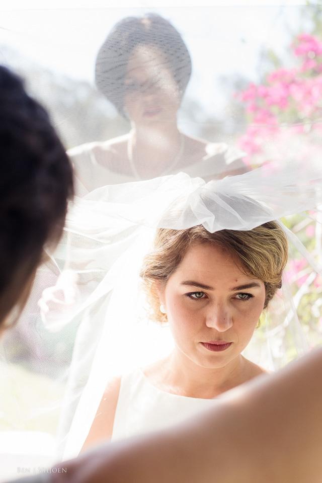 bride final veil adjustments