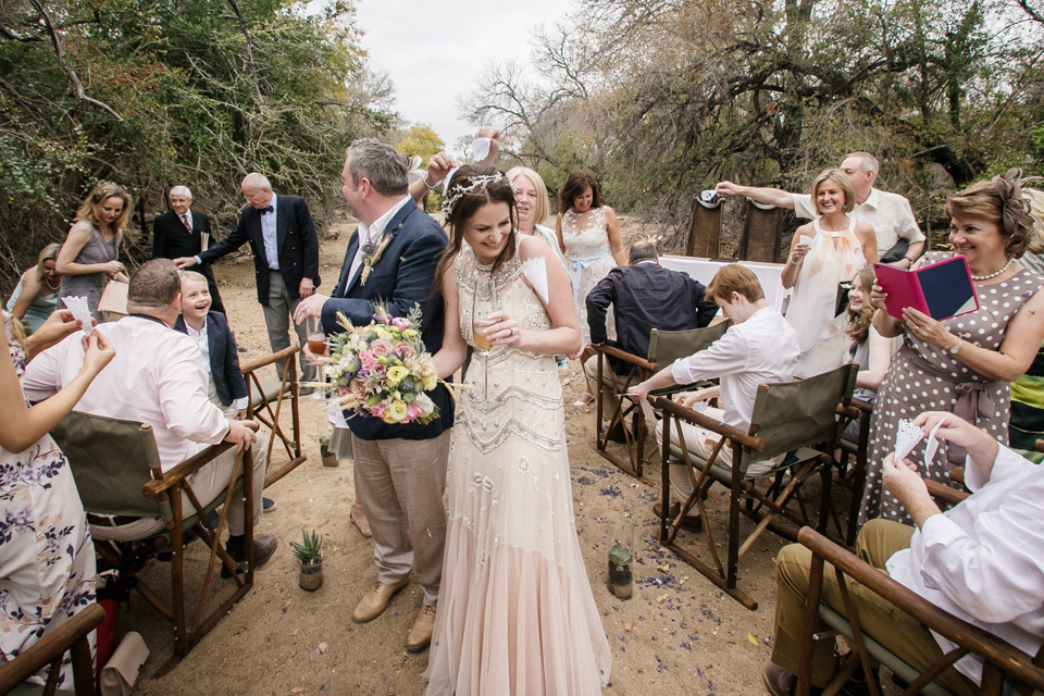 confetti in africa, south africa wedding, confetti in bushveld, wedding celebration