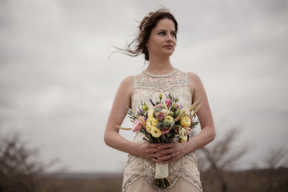 bride bouquet, ulusaba wedding flowers, ulusaba wedding bouquet, africa wedding flowers, africa wedding bouquet