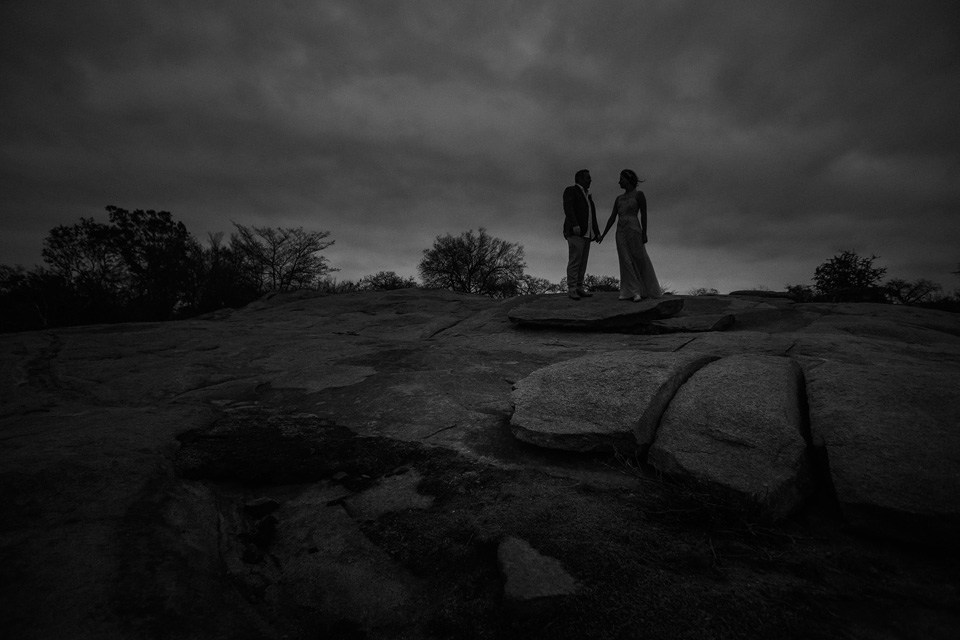 dramatic wedding silhouette, africa wedding silhouette, africa rock wedding, rock lodge ulusaba