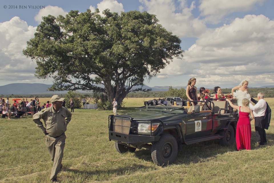 bride and game drive vehicle, mabula lodge wedding, game drive wedding,