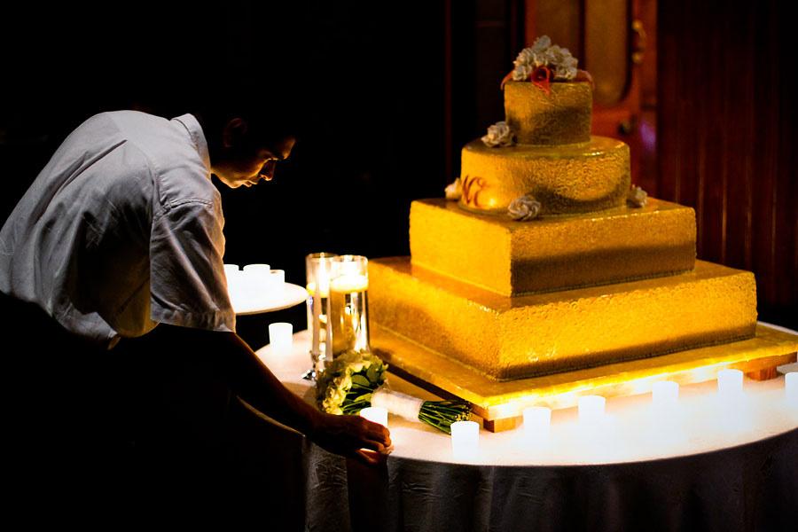 Mauritius wedding cake